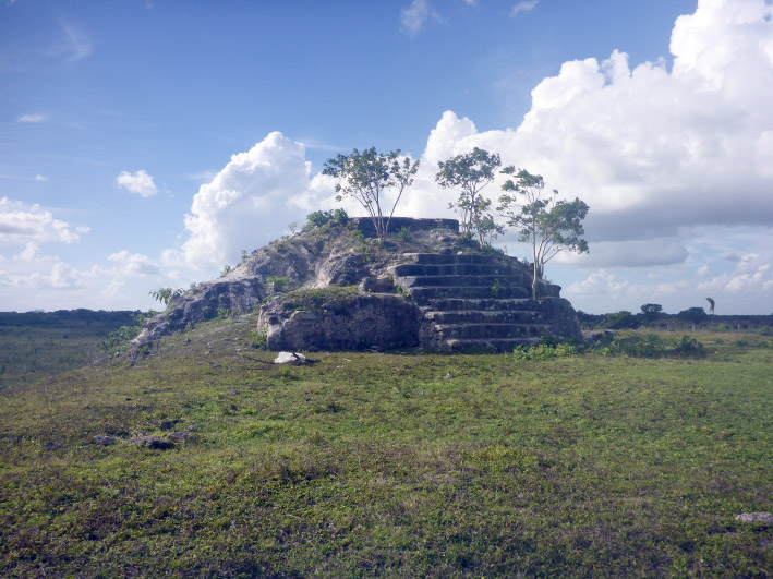 11_orangewalk_pyramide