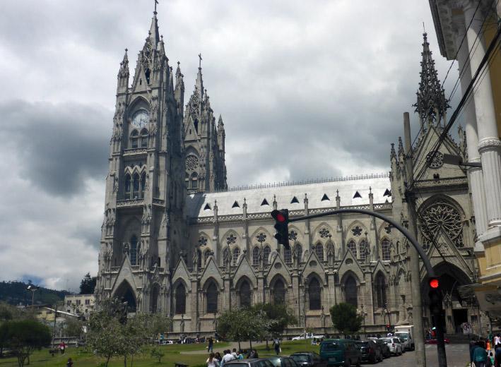 03_basilica_del_sagrado_voto_national