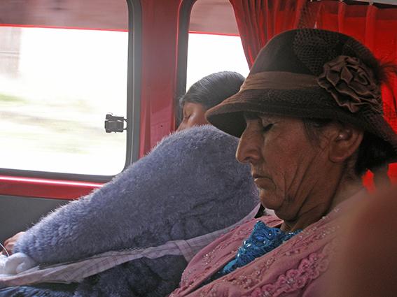 04_autobusfahren_ermuedet